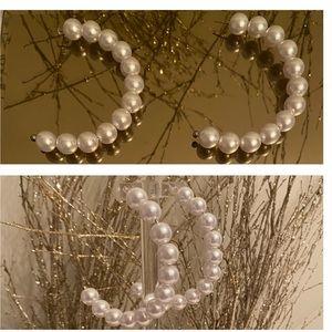 Half Moon Pearl Earrings✨✨